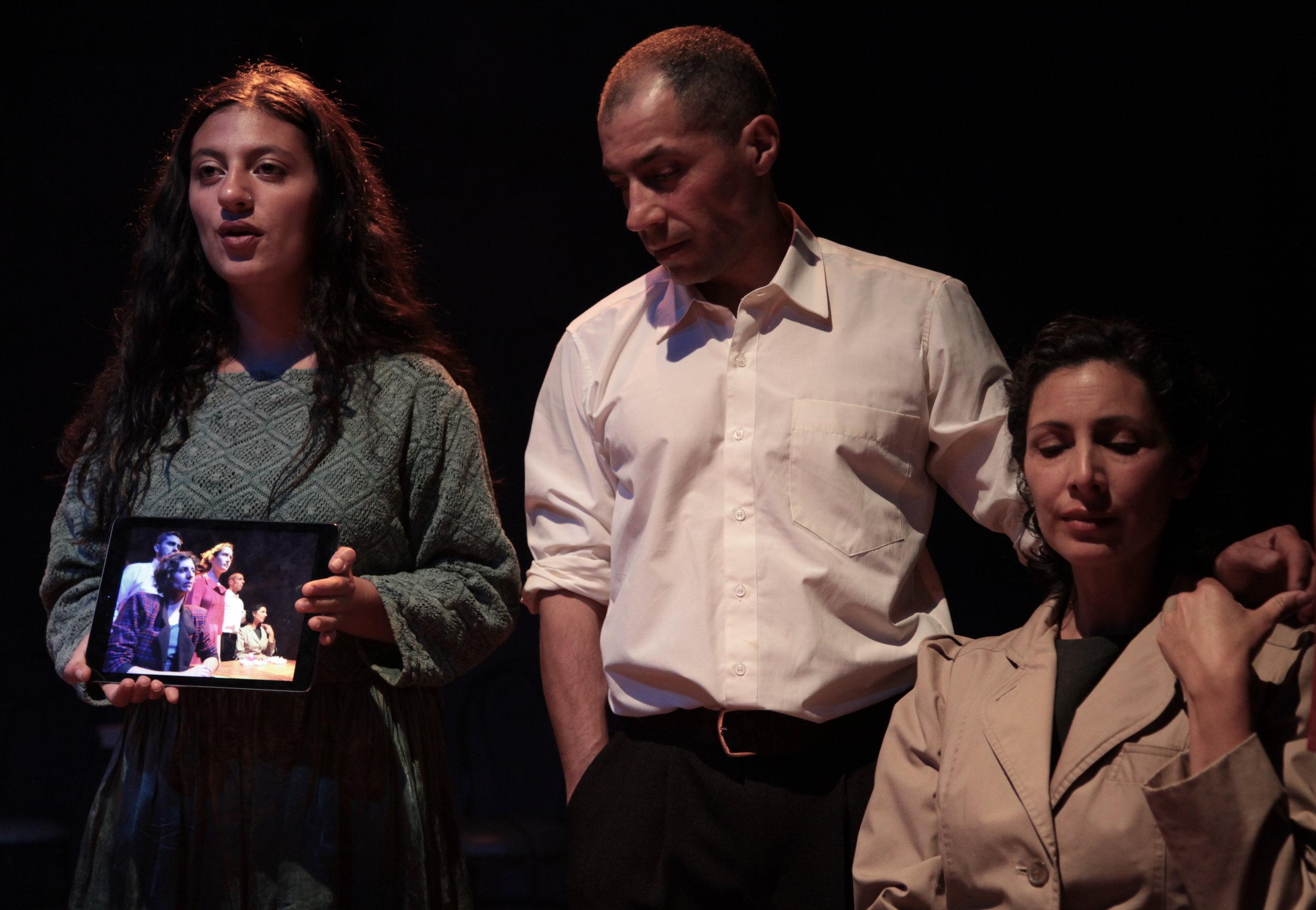 Jabiera Guerra, Gerson Guerra y Manuela Romoleroux. Foto El Apuntador