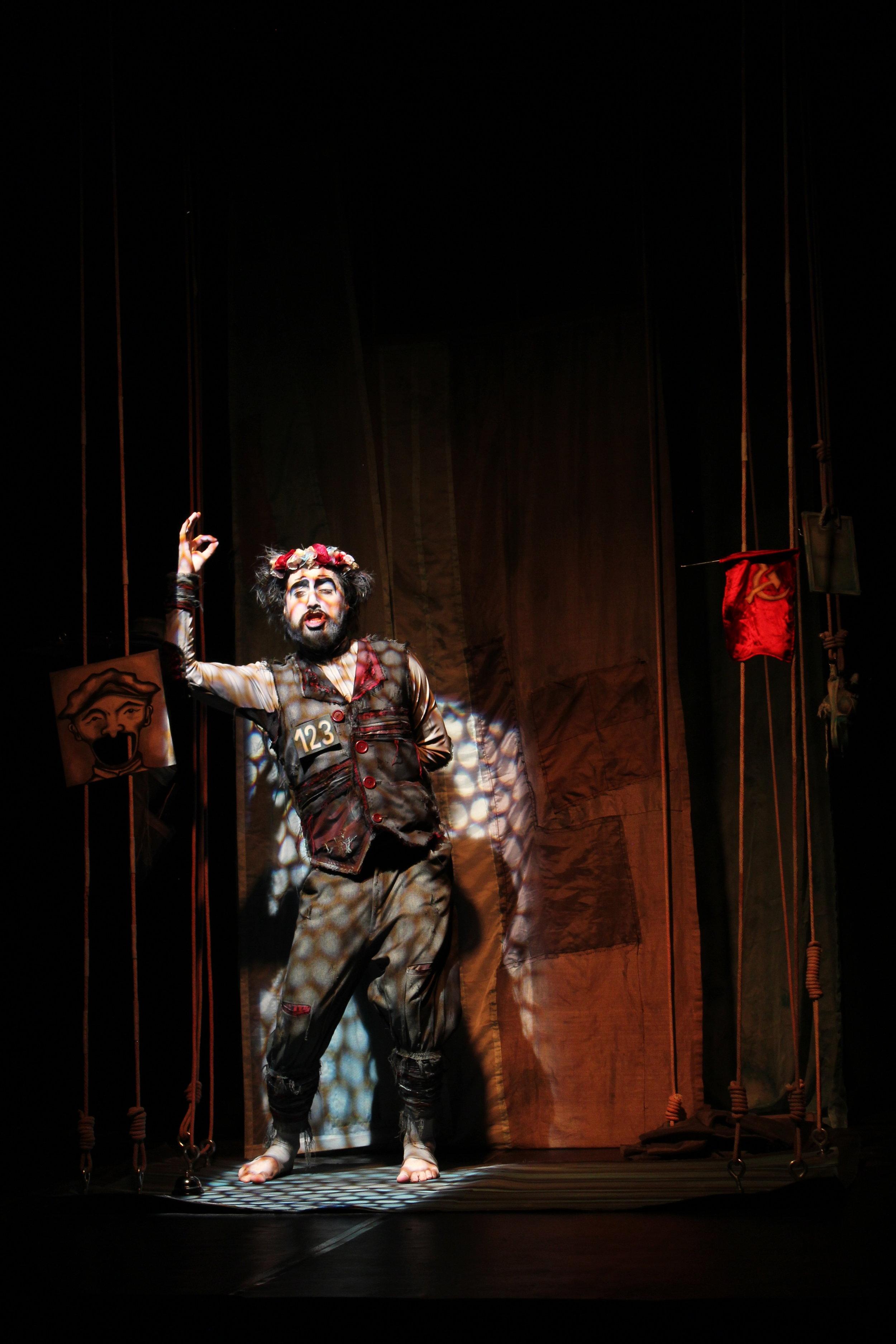 La Gallina de Edmundo .Grupo Teatro de las entrañas. Foto S.R.