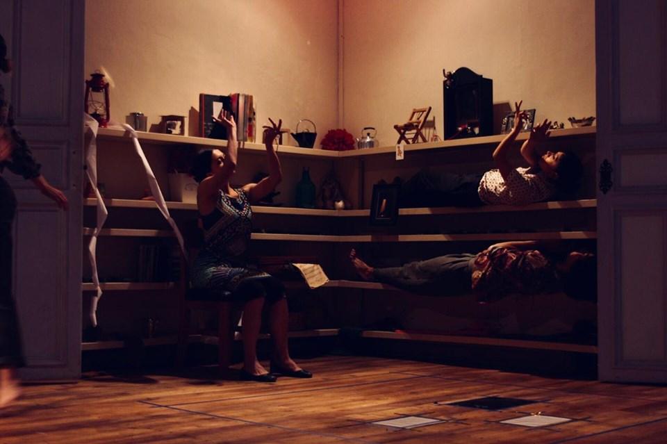 El corazón es un órgano de fuego.Estefania Vimos, Carlos Cortez y Samantha Villota. Foto Mateo García