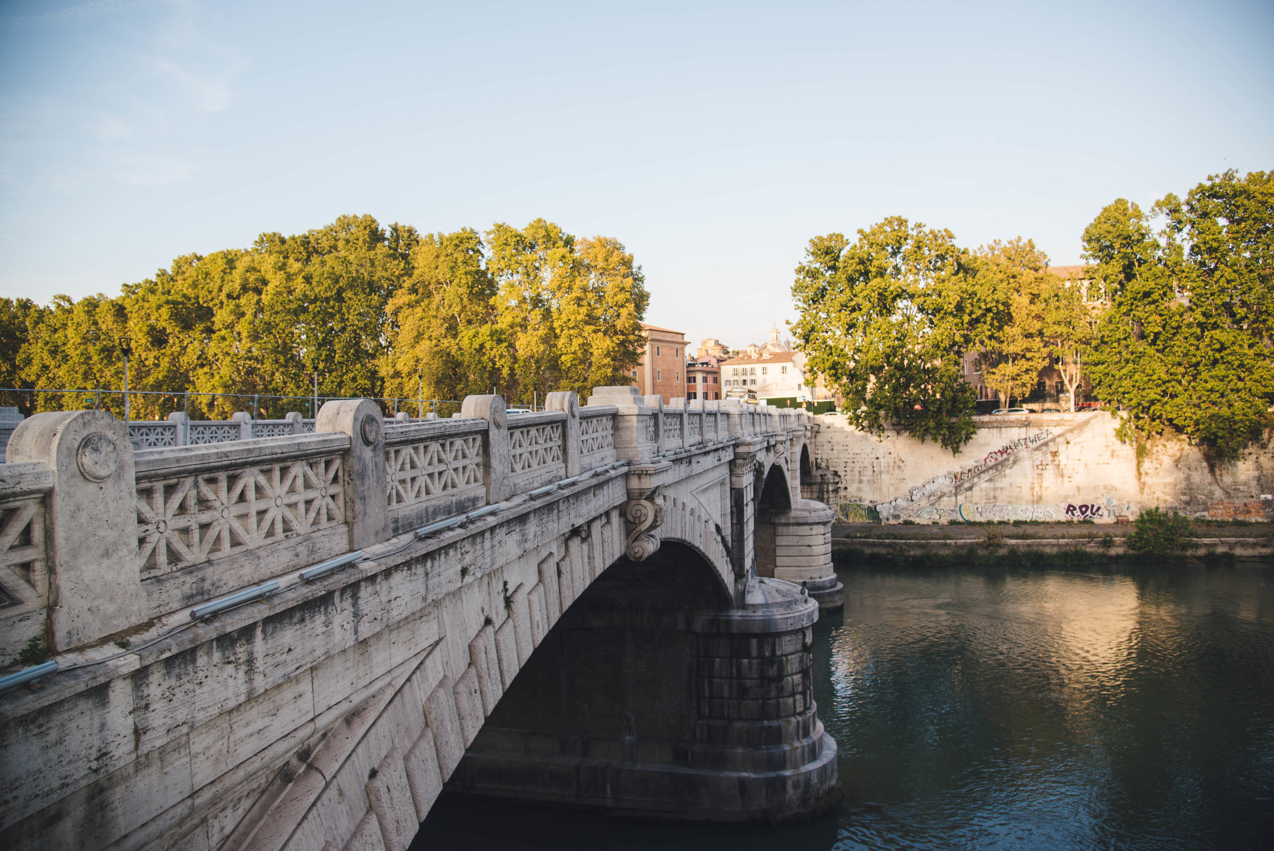 Ponte Rotto Bridge To Trastevere
