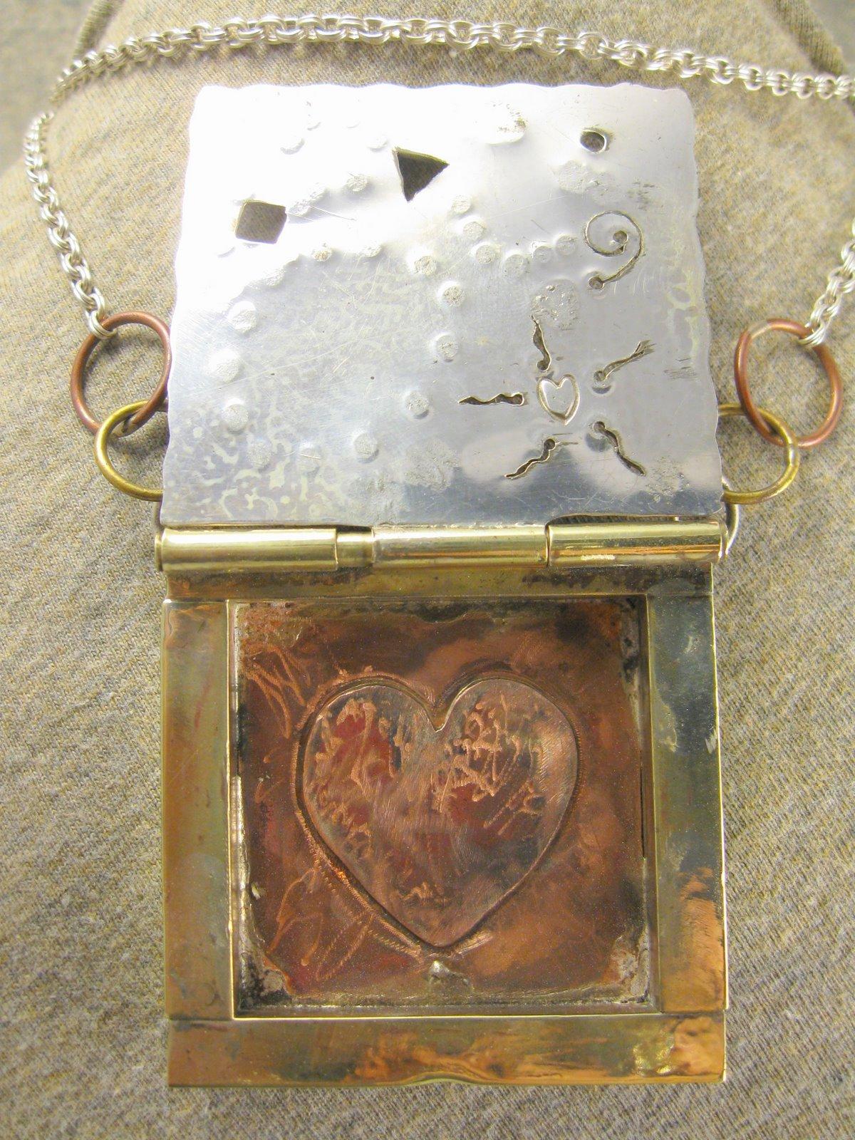 heartdreams pendant necklace