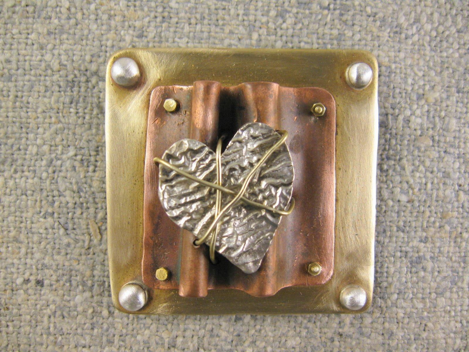 resting heart pin