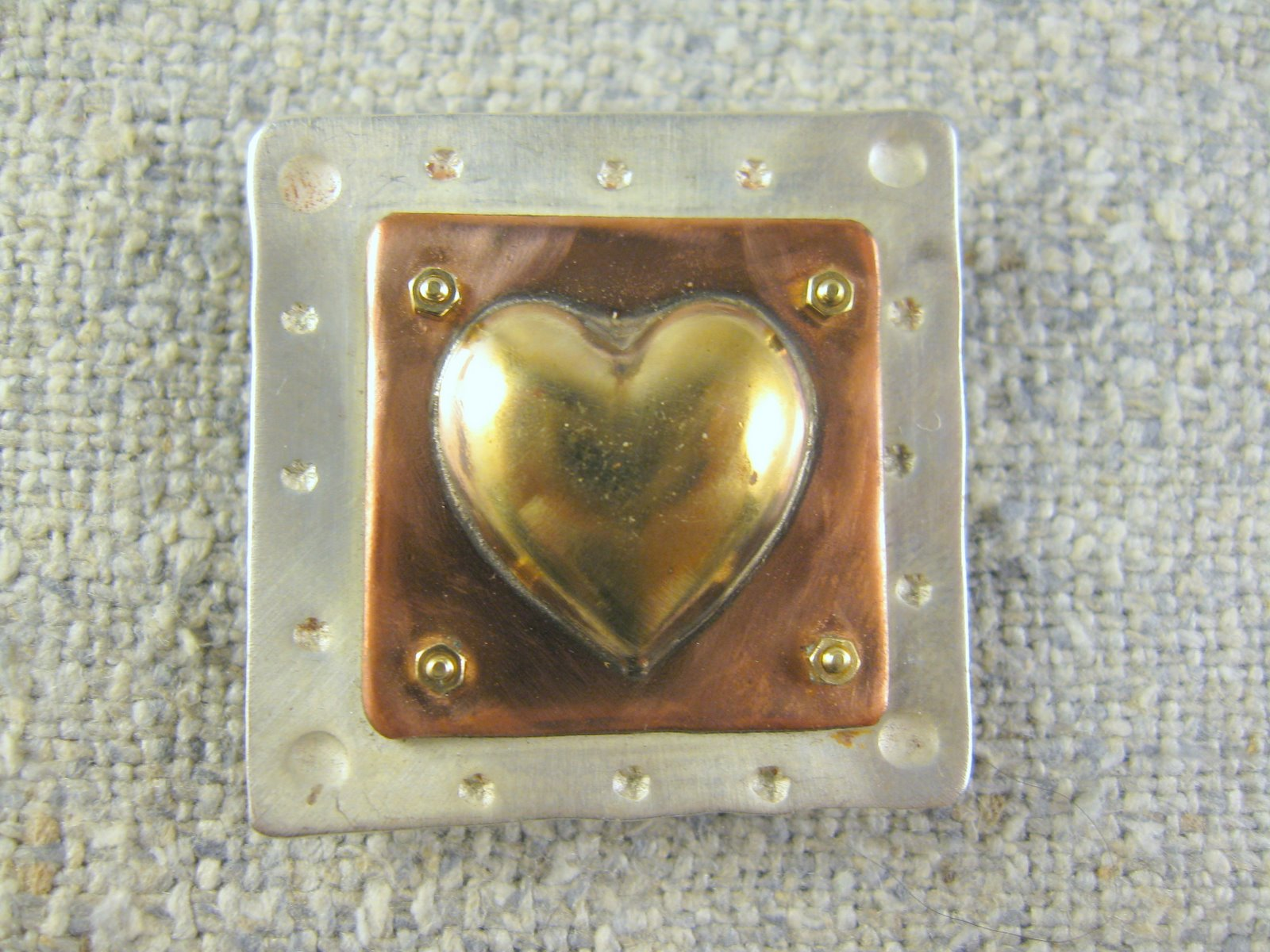simple heart pin