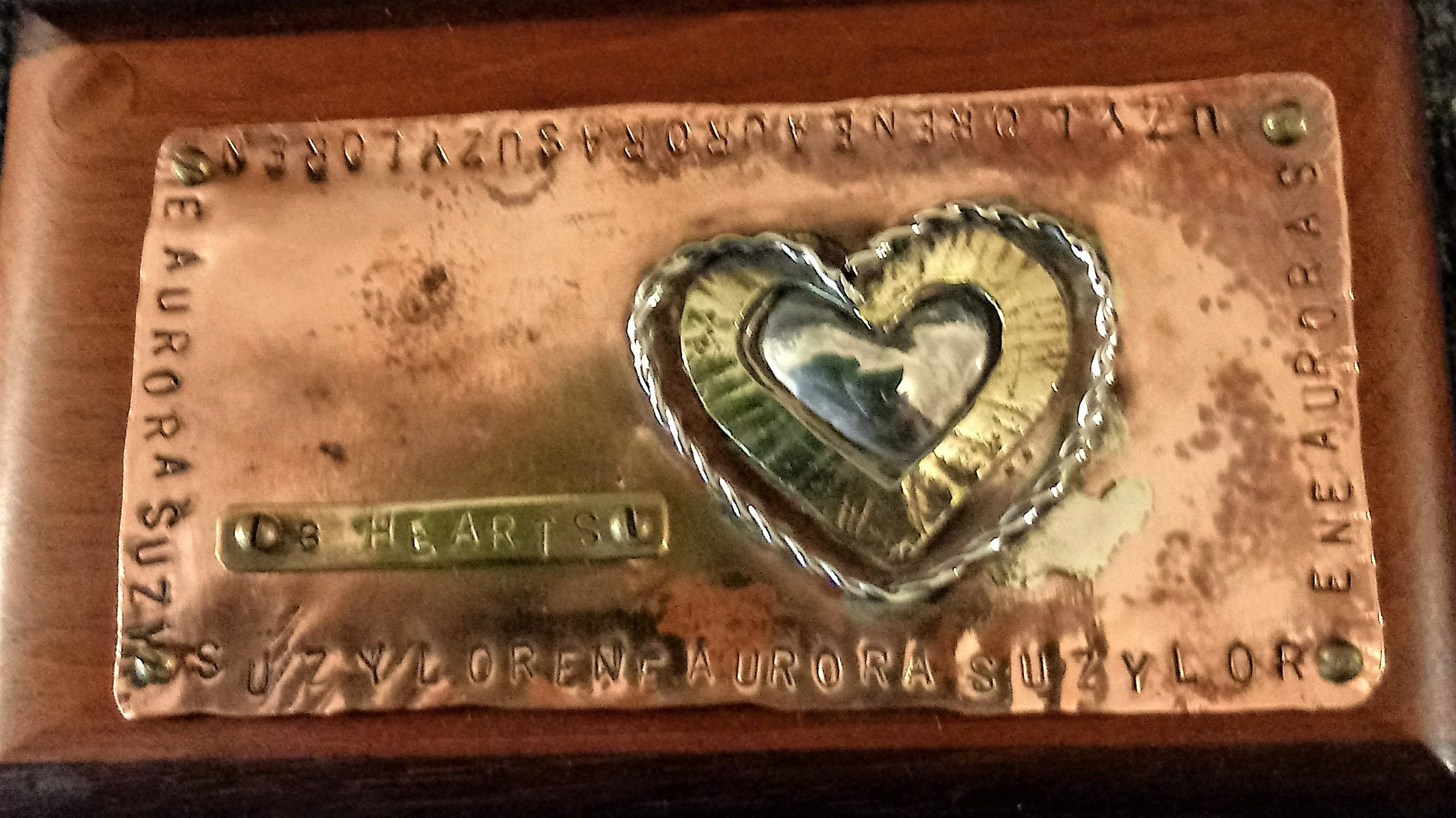 three hearts box (top)