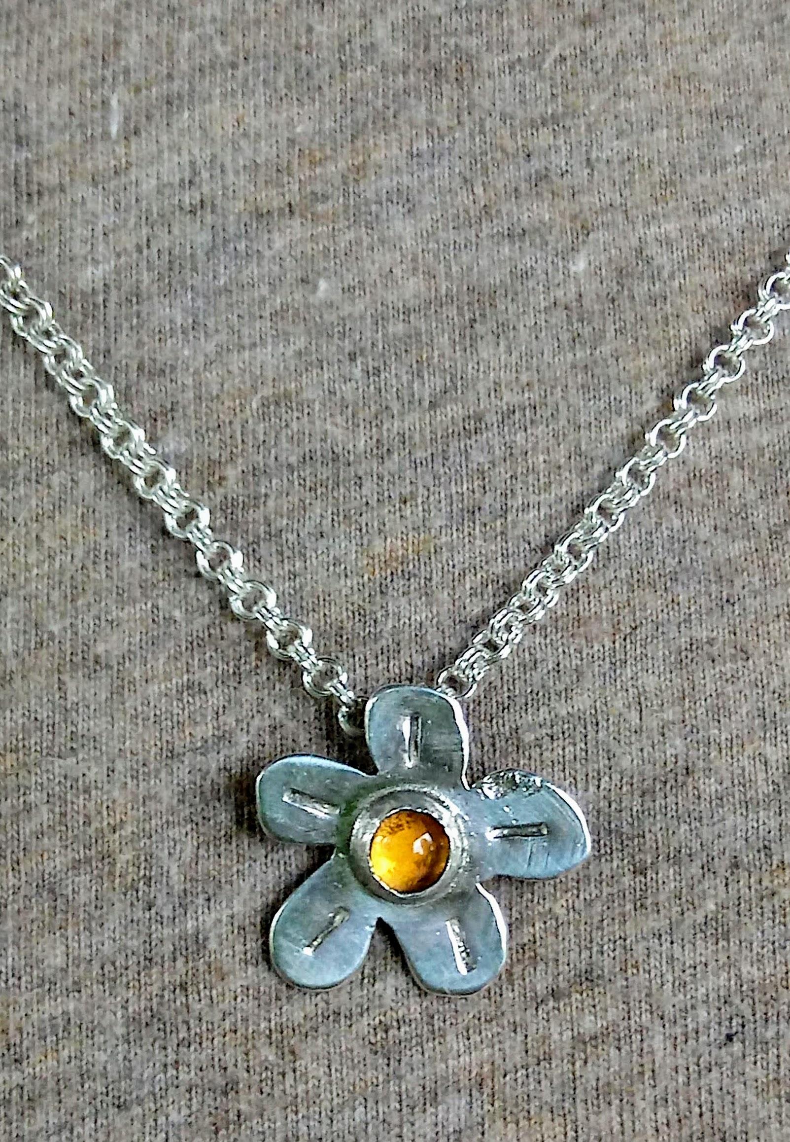 mini flower necklace (2018)