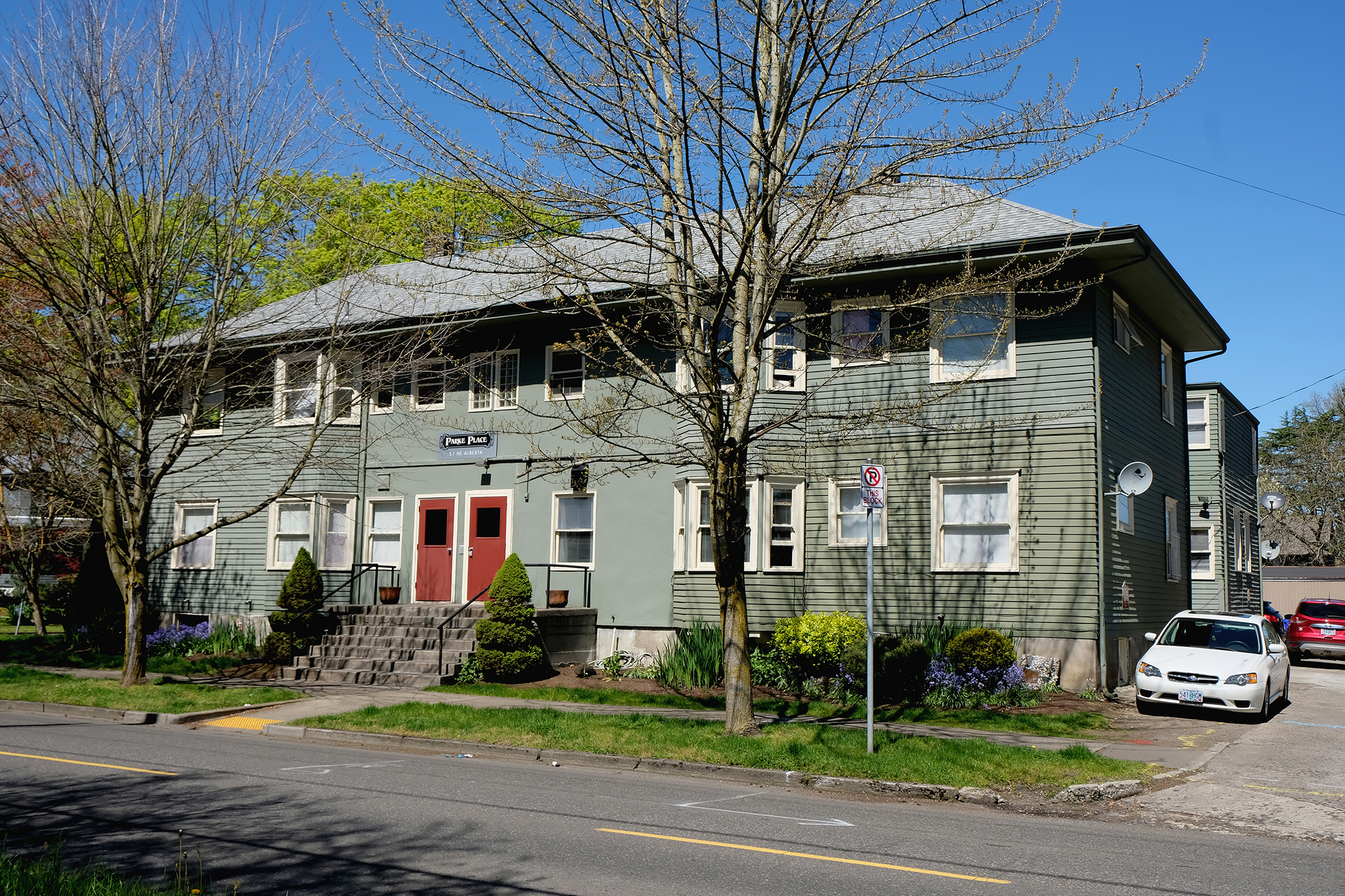 5012 NE Cleveland Ave - High Rez (1).JPG