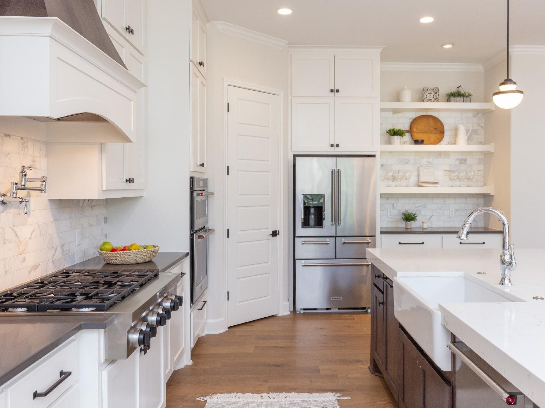 201_GVW_kitchen_galley_view.jpg