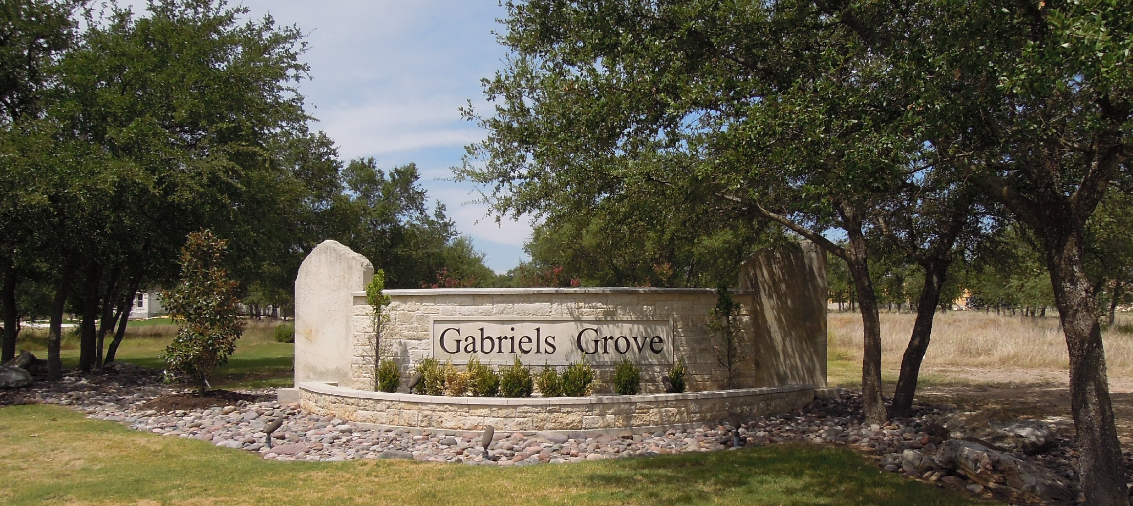 Gabriels Grove Entry.jpg