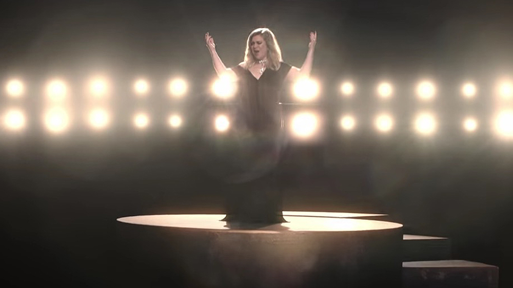 KELLY CLARKSON | I DON'T THINK ABOUT YOU
