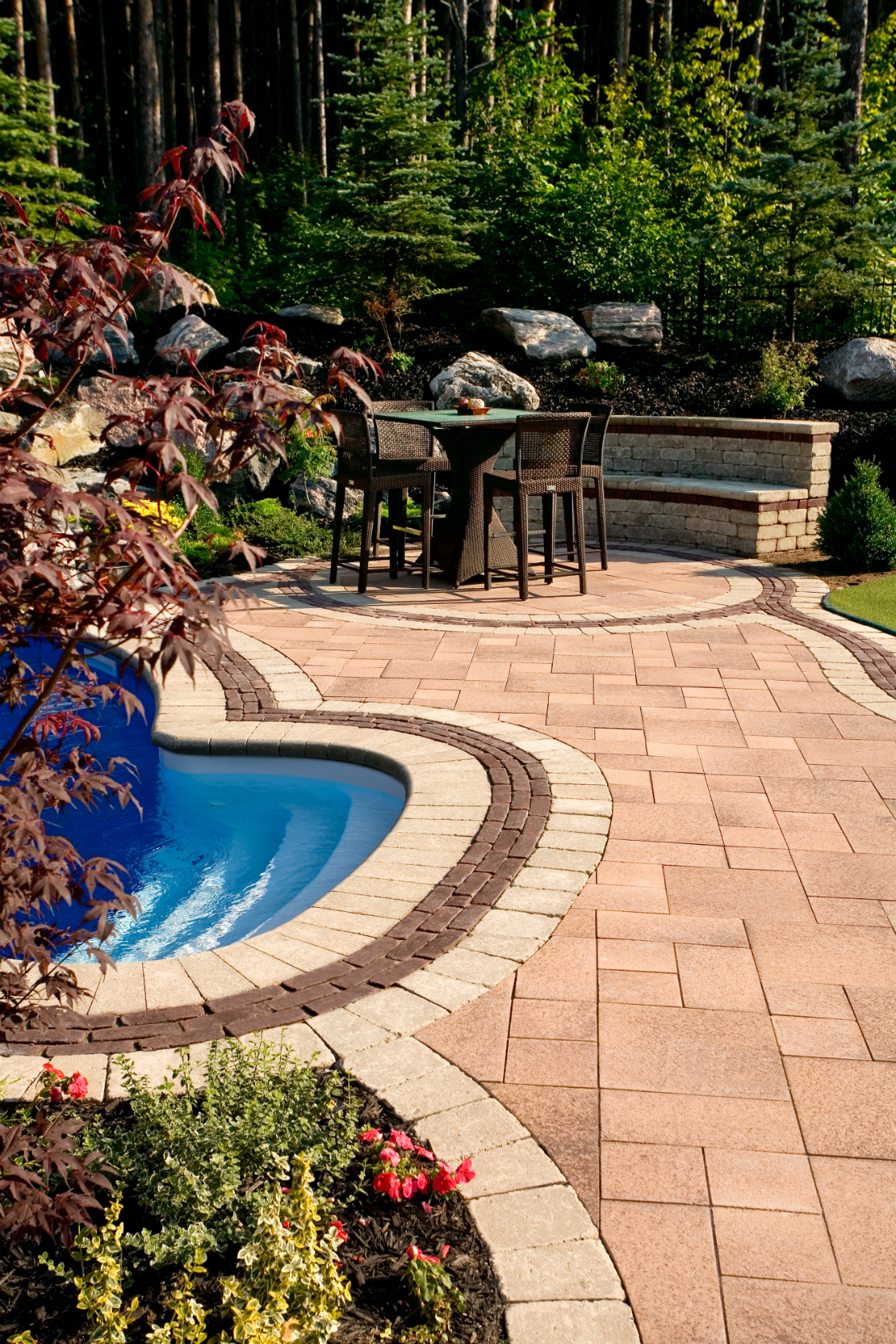 How to Create a Stunning Poolside Patio in Harrisburg, PA