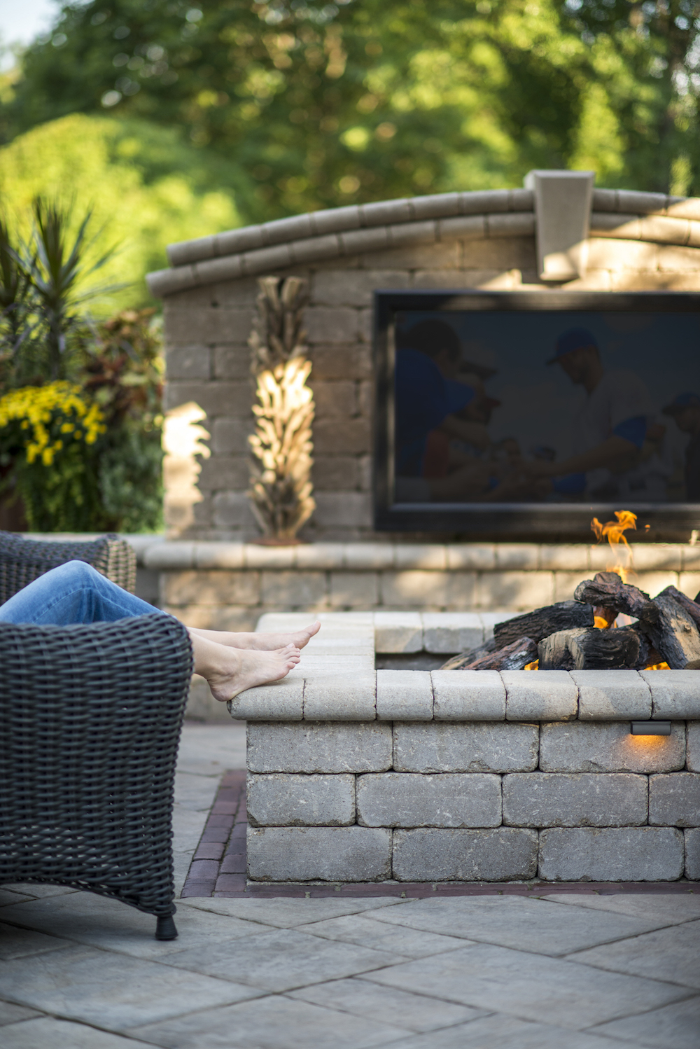 Choosing the Right Colors and Finishes for a Fire Pit in Harrisburg PA