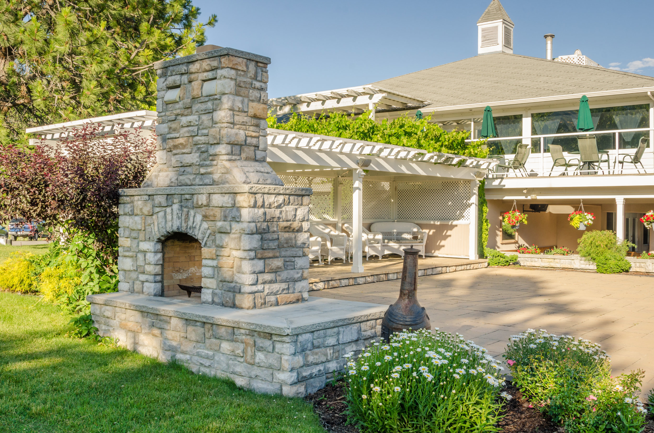 Outdoor Fireplace Designs For Small Backyards In Lancaster Pa
