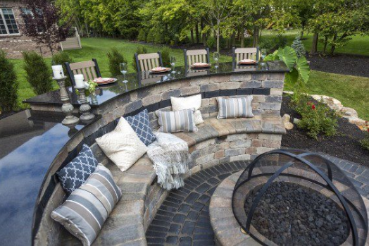 6 Reasons Why You Should Incorporate a Fire Pit Into Your York, PA, Area Patio Project
