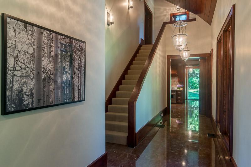eastaway-guest house hall_web.jpg