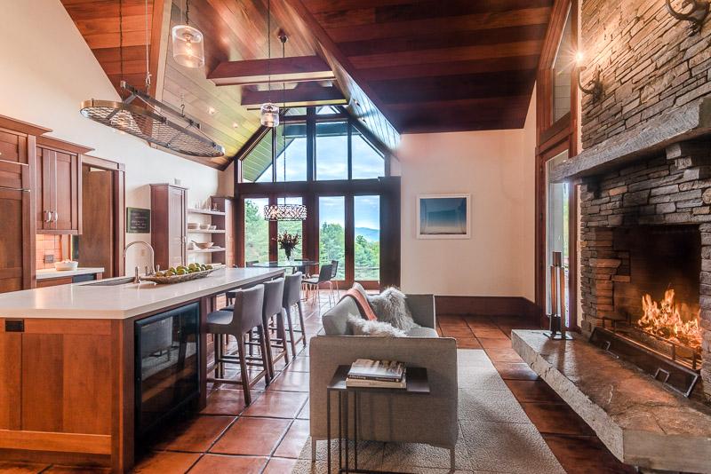 eastaway-kitchen dining_web.jpg