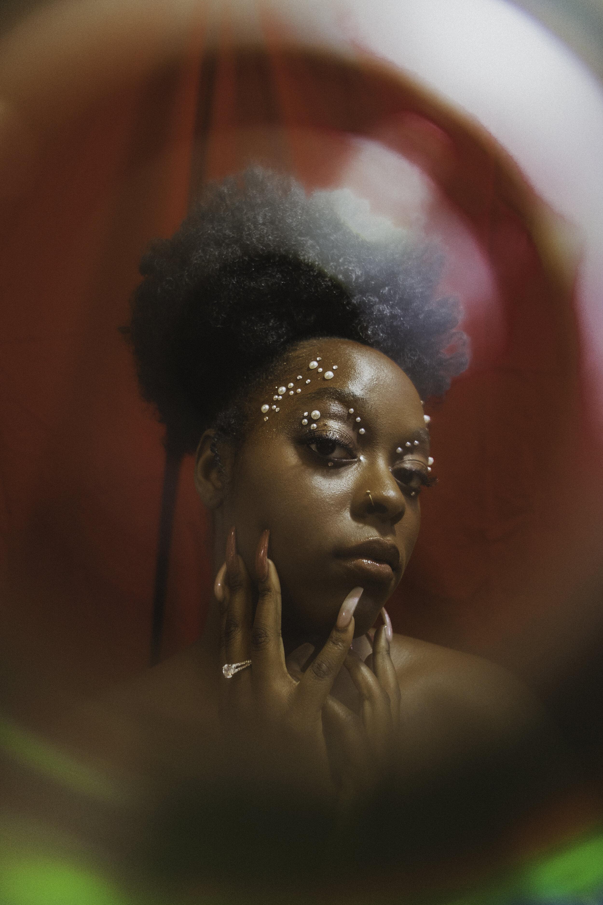 Creative Director - @ Stephanie E. Garced  | Photographer - @ Amy Paraskeva  | Makeup Artist - @ Minorca M. Sanchez