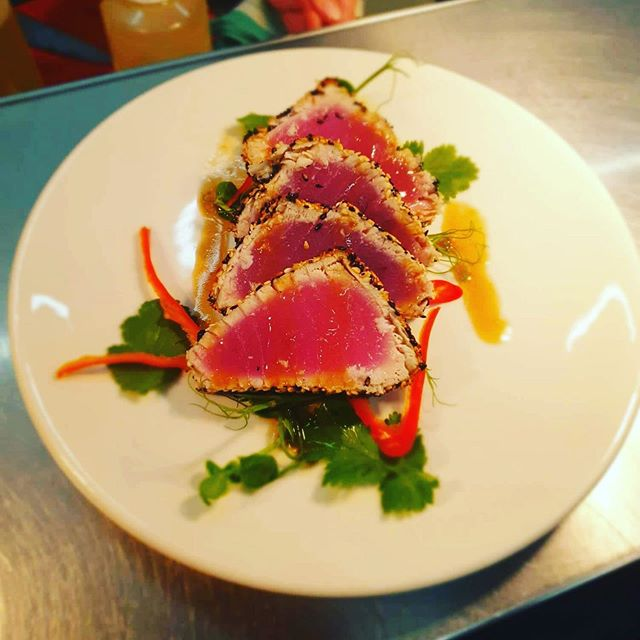 Our Fish of the Day! Asian Seared Tuna steak. Come in and give it a try! It won't be here forever... 👌👌