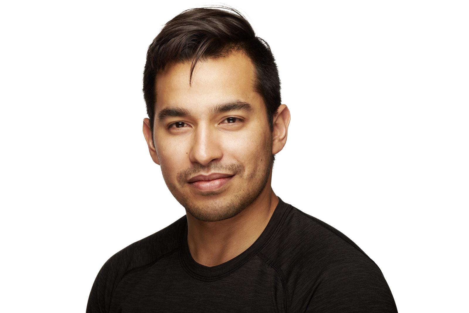 Mauricio Flores - 587-999-1380