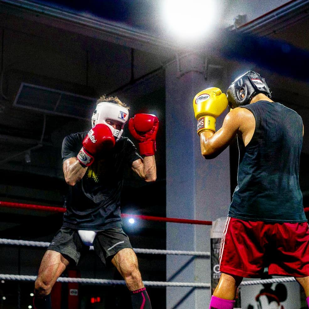 The Ring's  coach and Professional Boxer Hamzah Farouk during one of his pre-fight sparring sessions.  Image Credit:  https://www.instagram.com/hamzahfarouk/