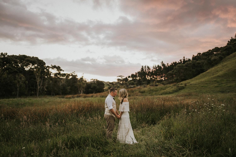 natural sunset wedding portraits