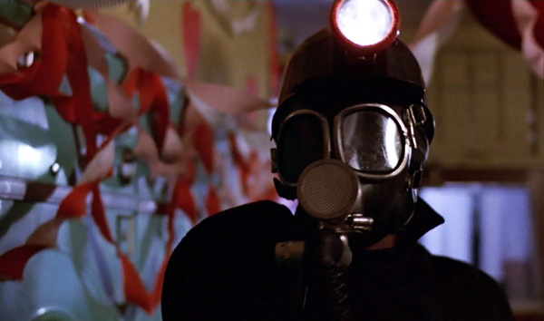 my-bloody-valentine-1981-miner-attack-laundromat.jpg