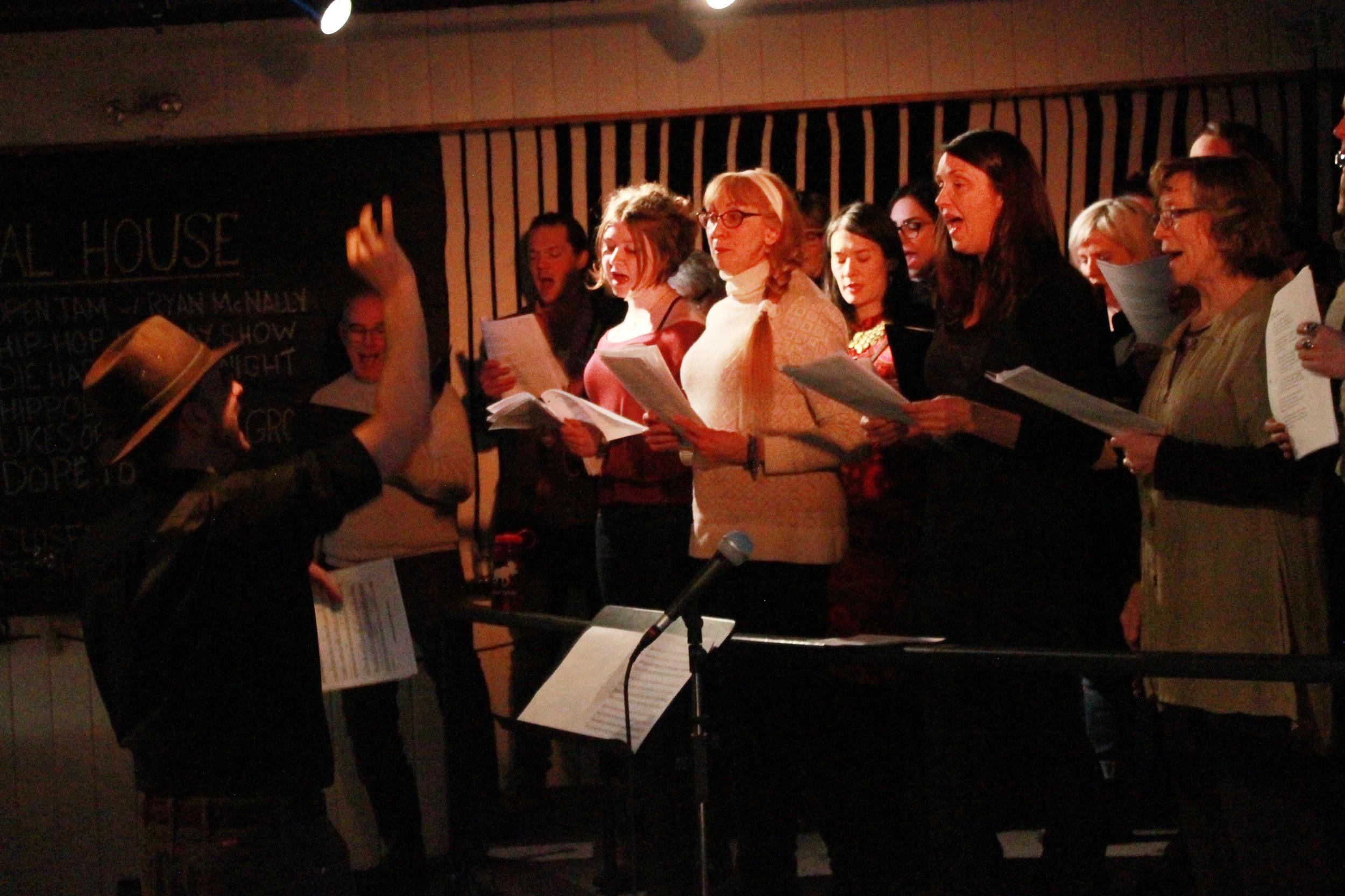 Choir-Full_6750.jpg