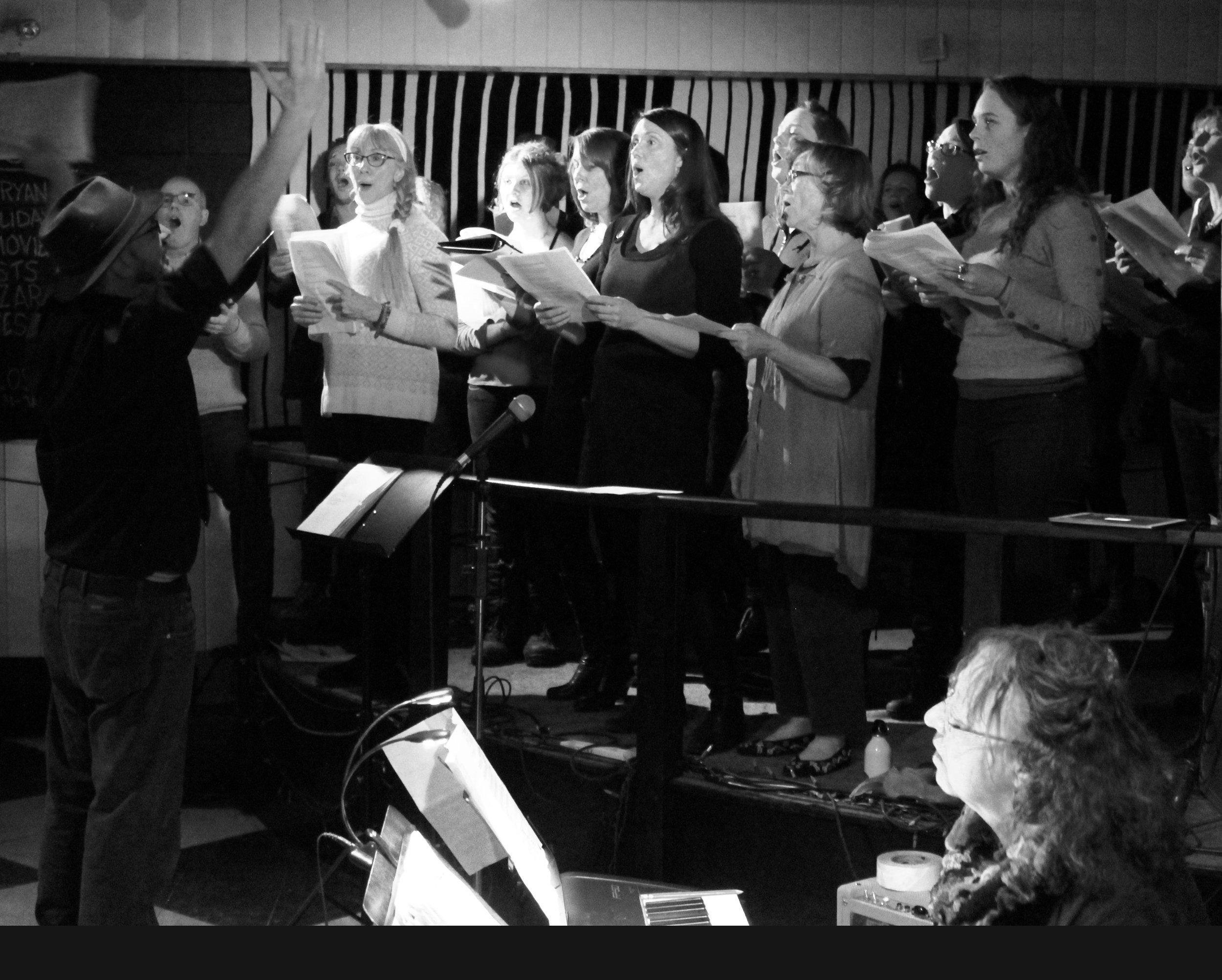 Choir-Full_bw_6809.jpg