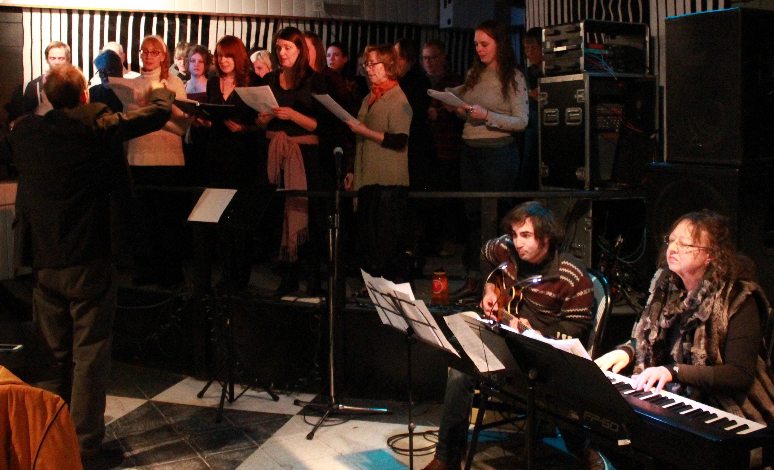 Full-Choir-2_6720.jpg