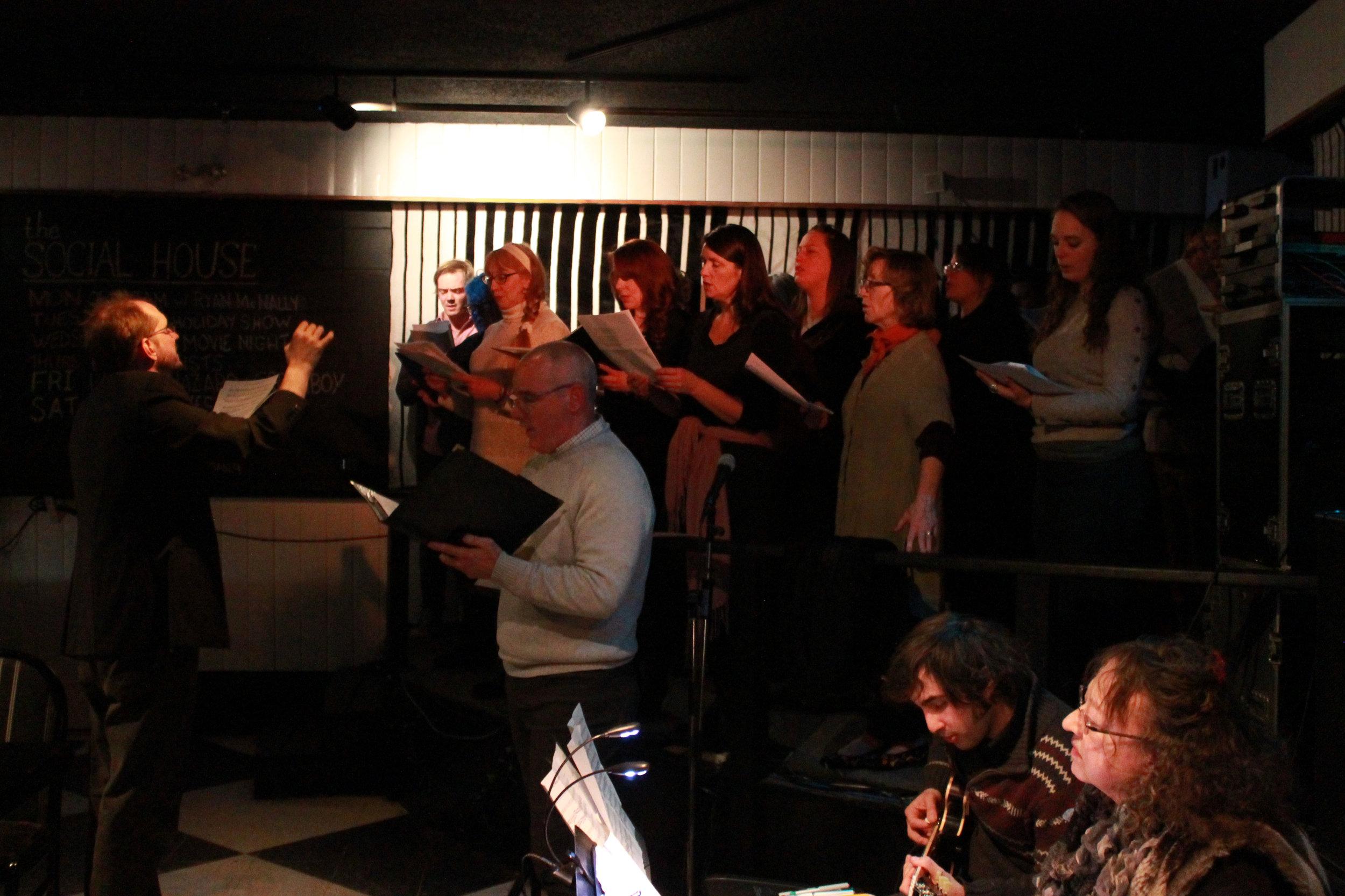 Full-Choir1-.jpg