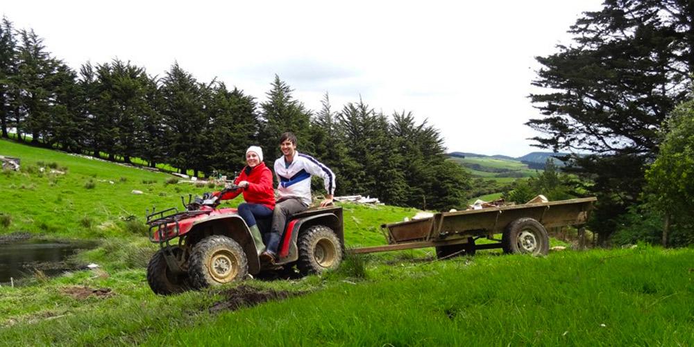 Anne+Fabian-Farming-Neuseeland.jpg