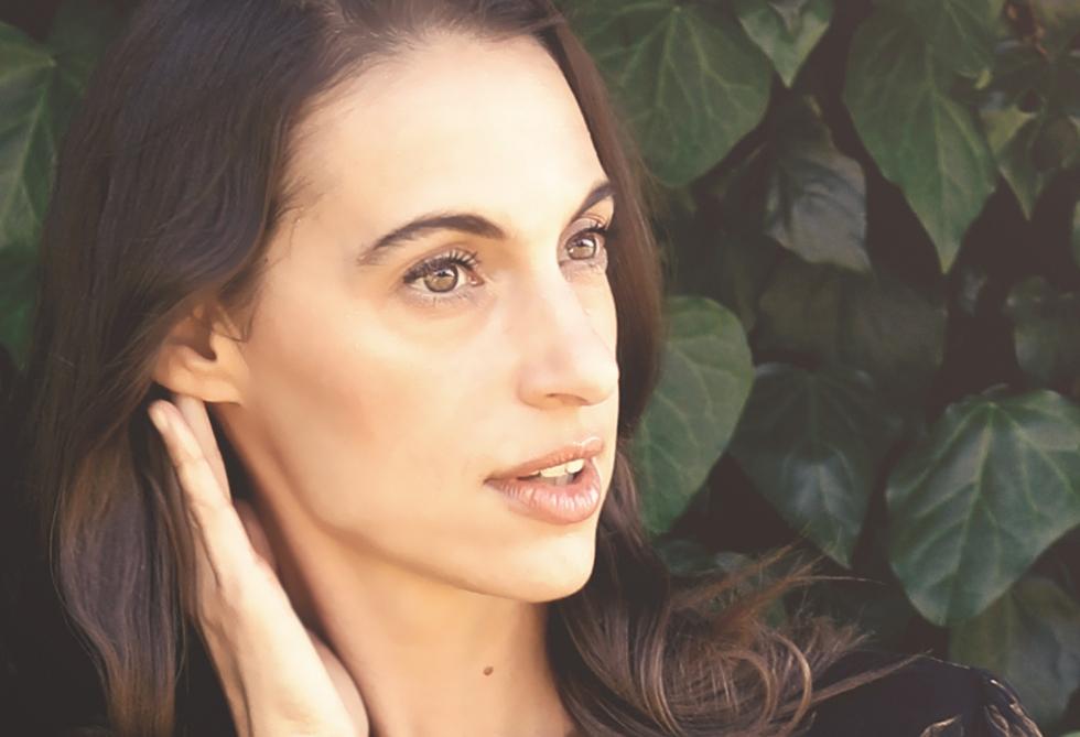 Dr-Melissa-Esguerra-Doterra-Essential-Oils-5AMRW.jpg