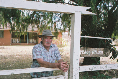 Stan Kuhl outside his home in Kuhls Road, 2004