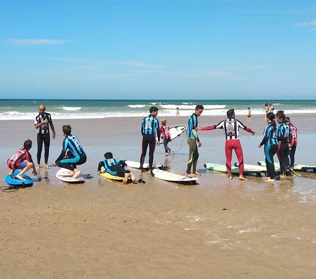 A U R E A  S U R F. 💯🔥💯 T H I S  M O R N I N G. ☀️🌊🏄🏼♂️ 📷 @angeldibe ¡T H A N K S! Our Info: 🖨️ Website: www.aureasurf.com Contact: 856507490 Facebook: AUREA Surf Instagram: @aureasurf  #escueladesurfencadiz #cadizsurfschool #cadiz #south #summer #july #beach #fun #nature #love #surfers #surfing #waves #surfkids #adventuretime #yoursurfschool #magicalmoments #surfline #aurea