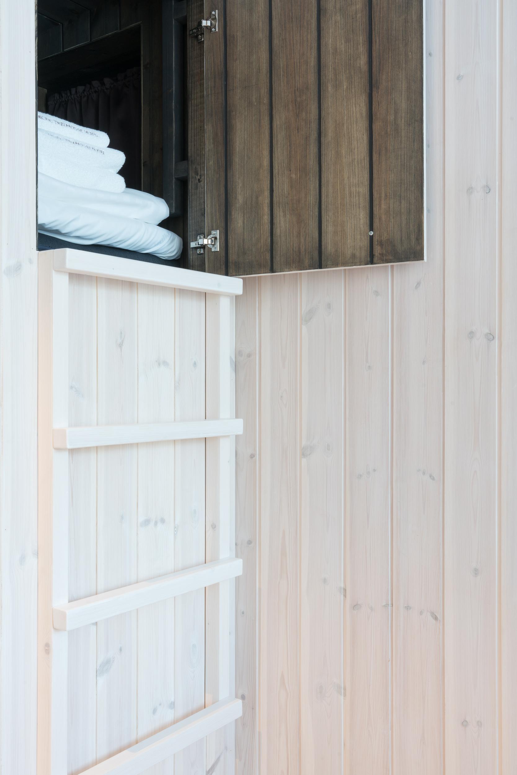 the_getaway_edit_finland_rovaniemi_arctic_treehouse-1.jpg