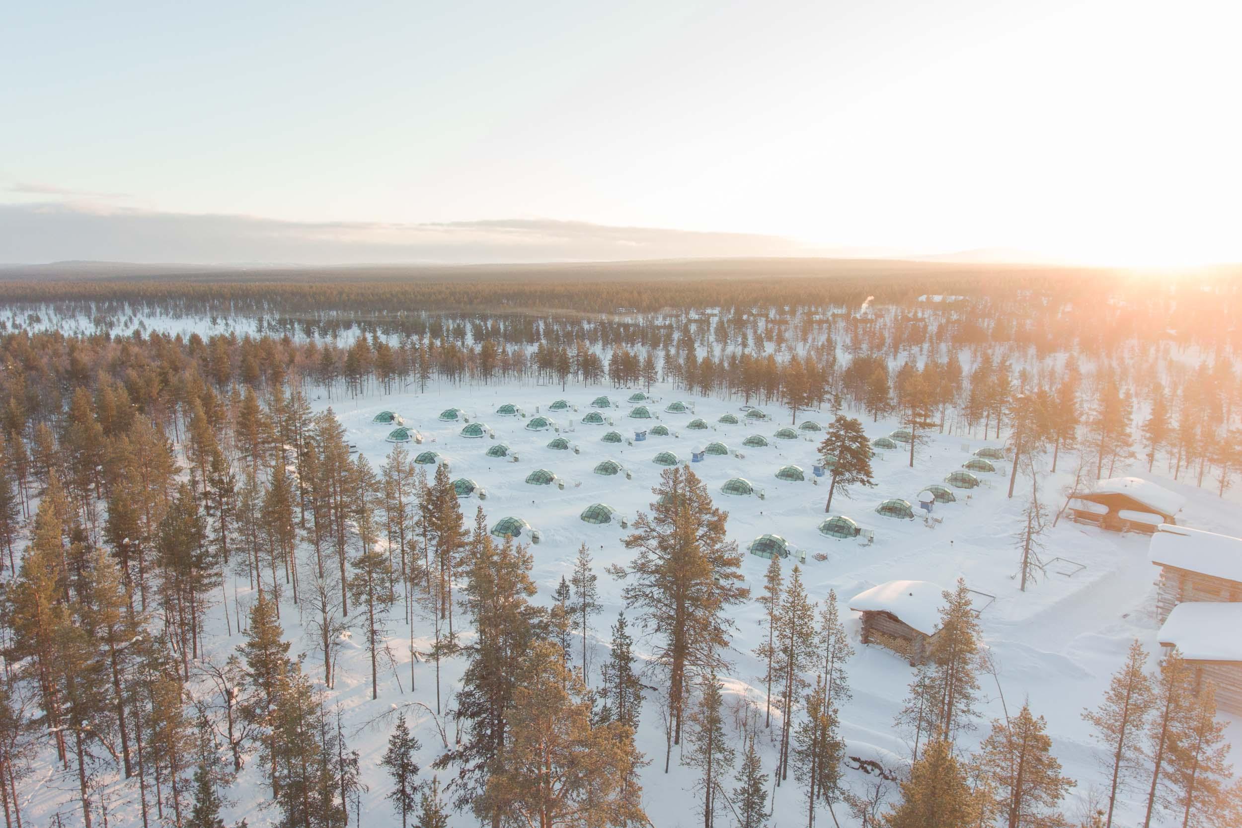 the_getaway_edit_finland_kakslauttanen_arctic_resort-11.jpg