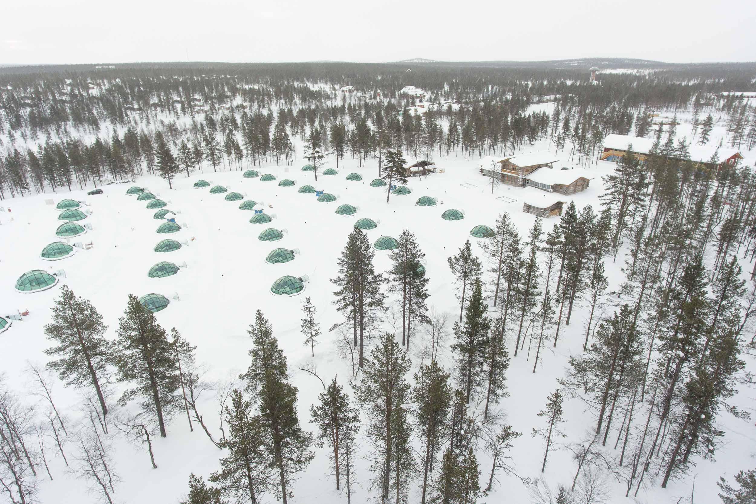 the_getaway_edit_finland_kakslauttanen_arctic_resort-3.jpg