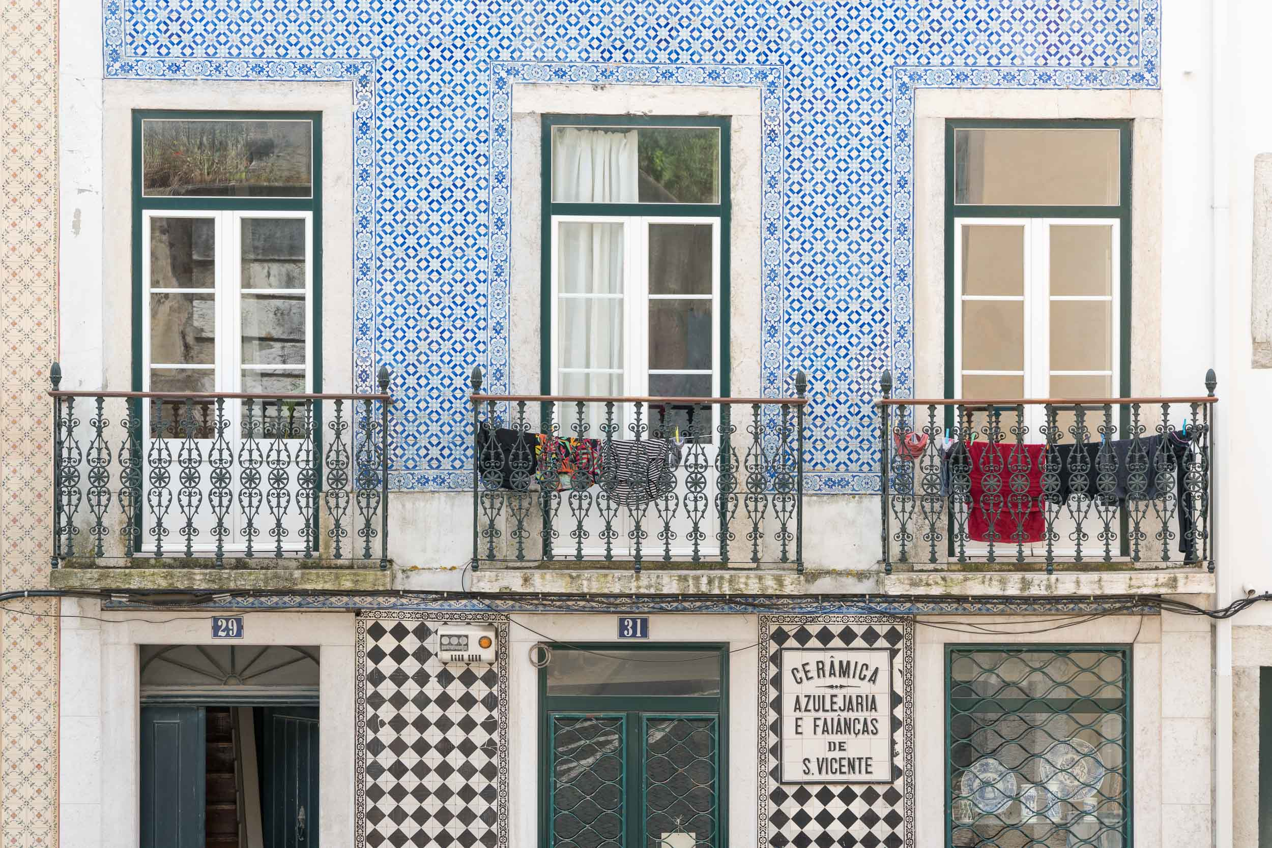 the_getaway_edit_portugal_lisbon-13.jpg