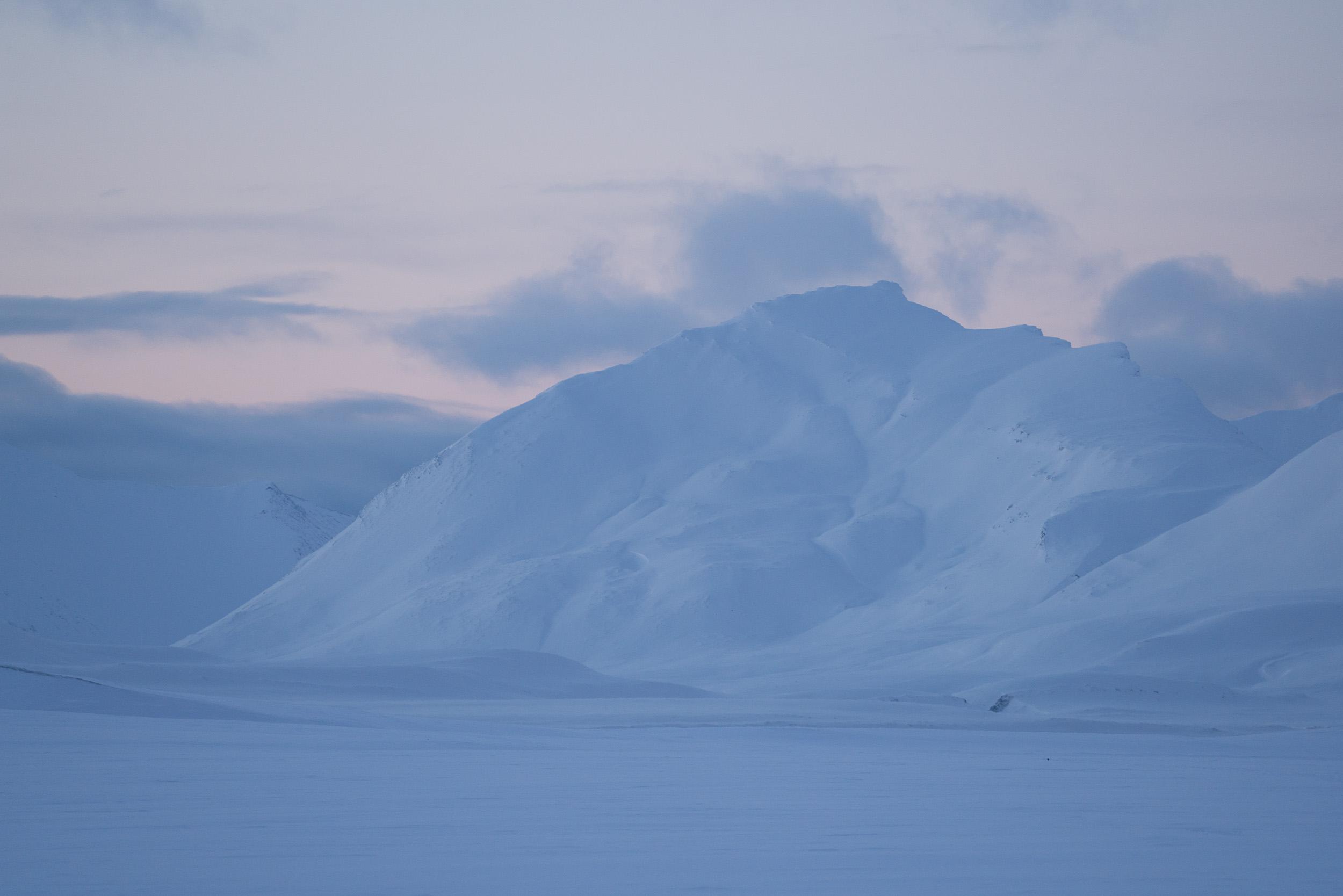 the_getaway_edit_svalbard_isfjord_radio-3.jpg