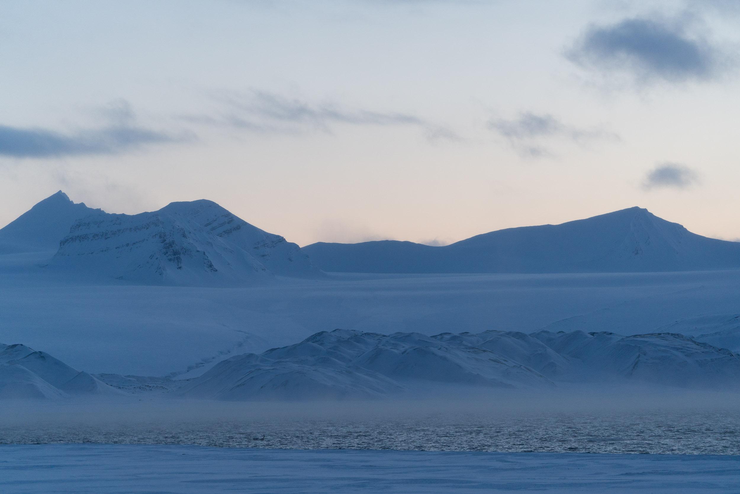 the_getaway_edit_svalbard_isfjord_radio-6.jpg