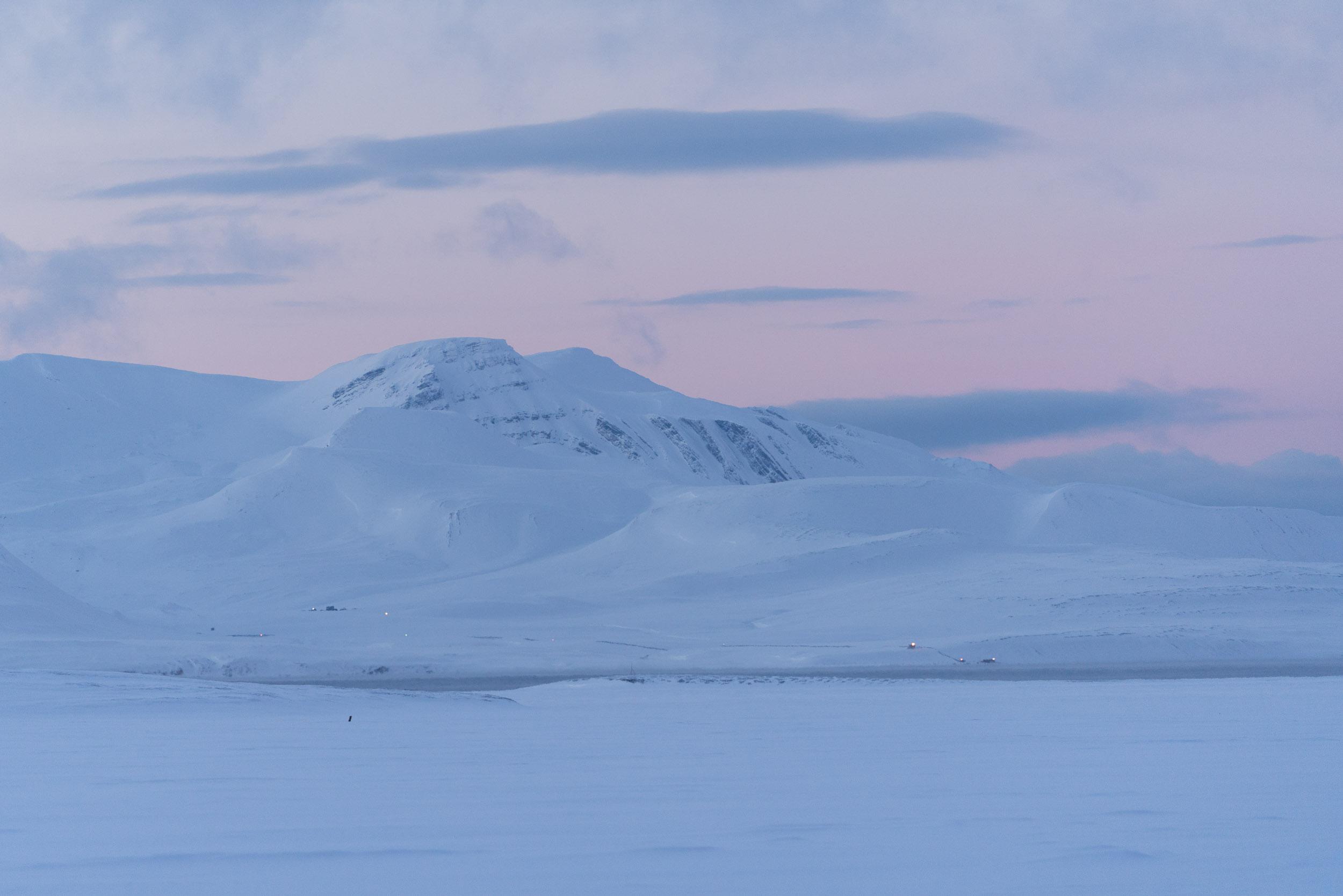the_getaway_edit_svalbard_isfjord_radio-2.jpg