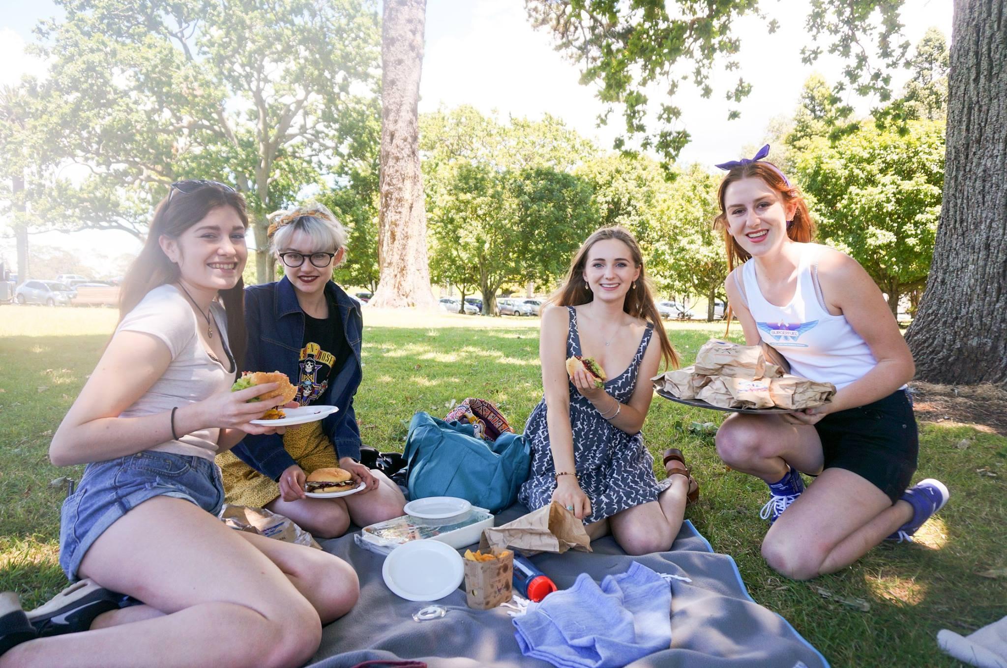 picnic 1.jpg