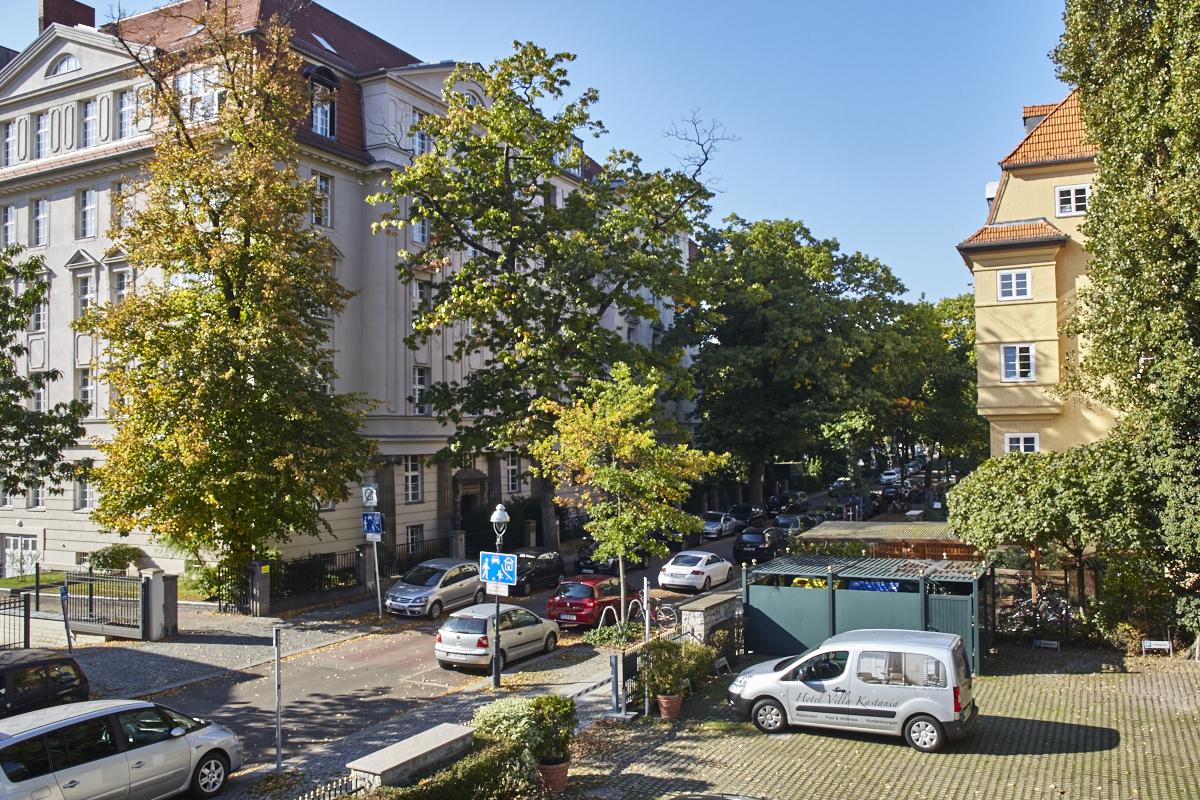 Überwachter Parkplatz | Surveillanced parking space