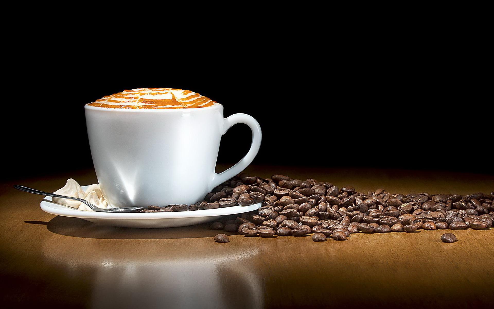 Kaffeepause kastania - € 18.00 pro PersonKaffee/ Tee/Orangensaft/Wasser, Gebäck/Blechkuchen, halbe belegte Brötchen - Schinken, Brie, Salami, Räucherlachs