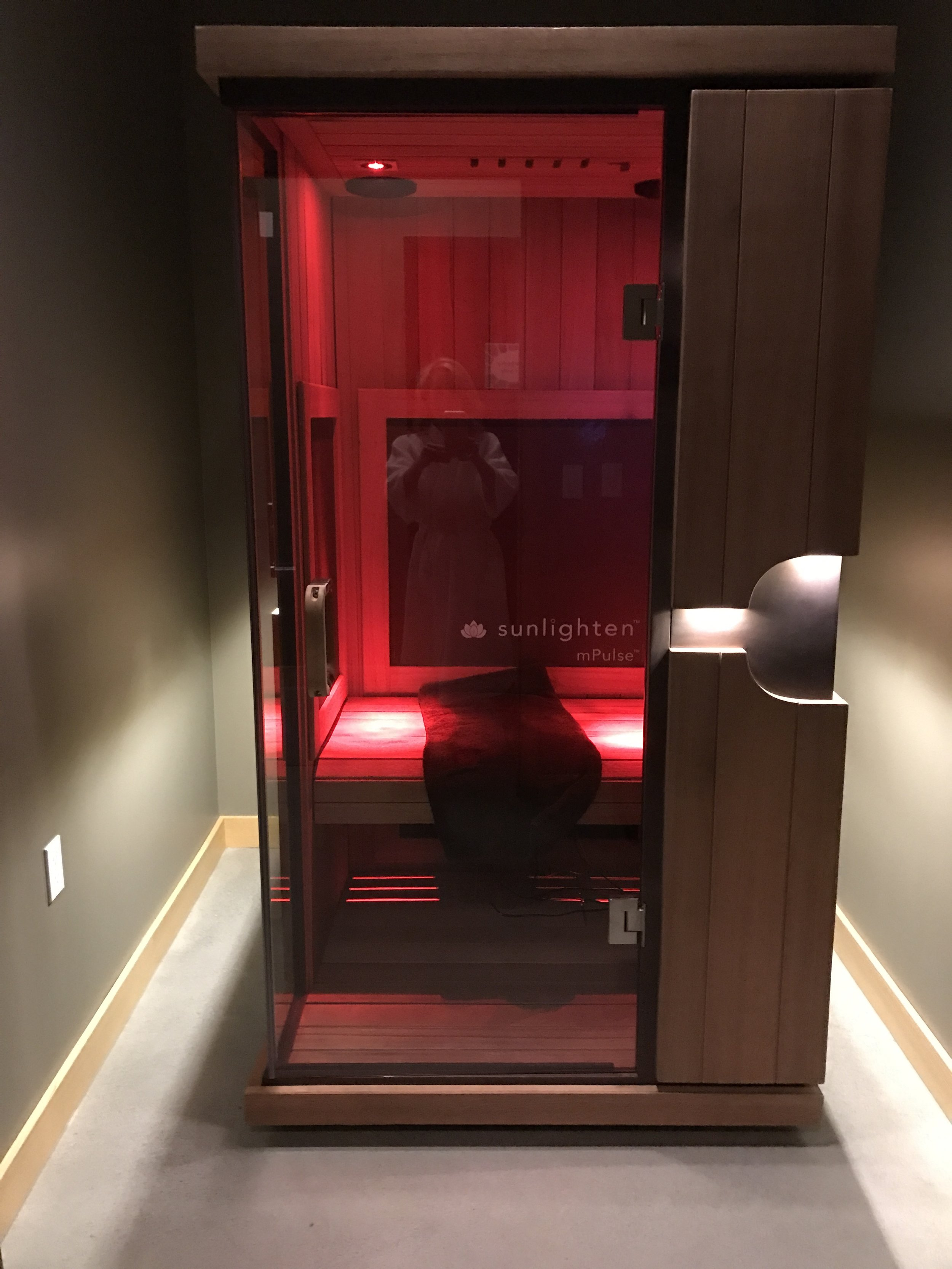 Private Full-Spectrum Infrared Sauna   Custom blend of wavelengths for targeted health benefits