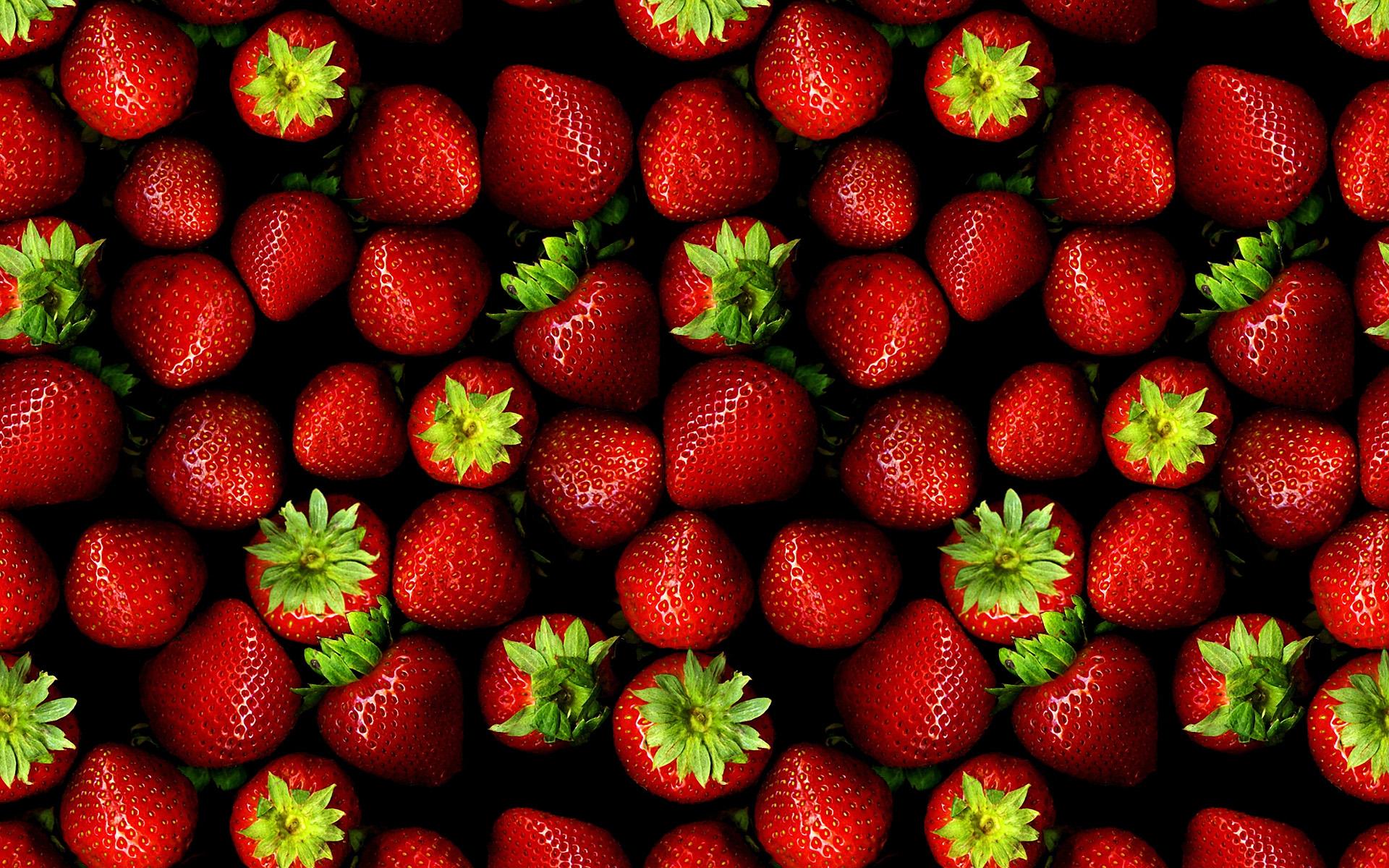 27225403-strawberries-wallpapers.jpg