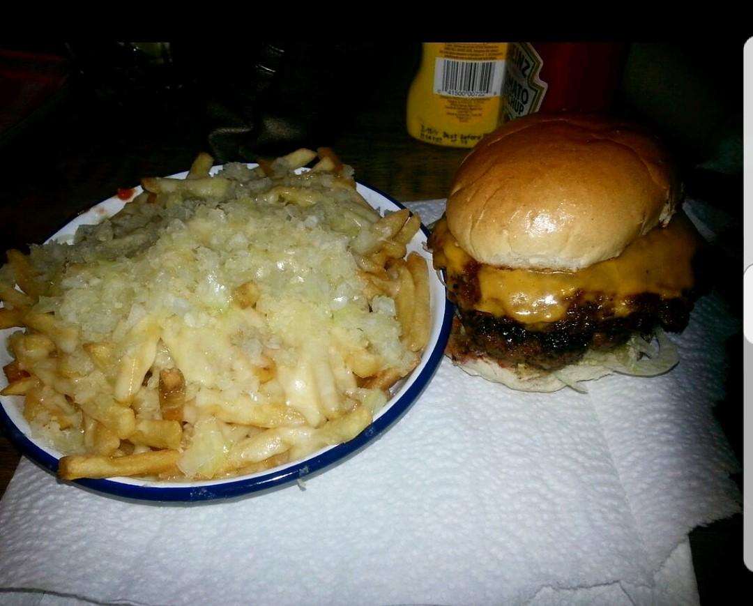 Cheeseburger & Cheese Fries