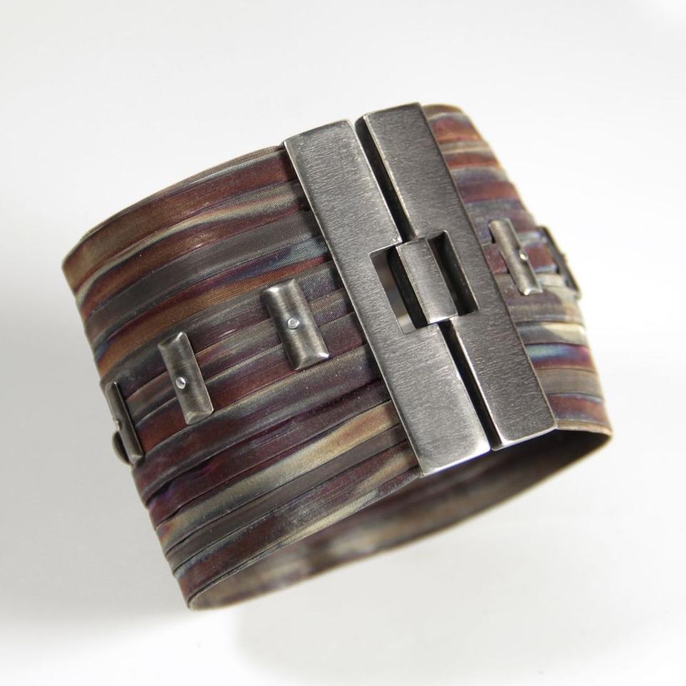 IPSA-Stripes-compressor.jpg