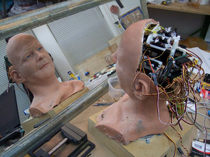 pkd_robot_mirror_1sm.jpg
