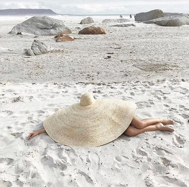Weekend plans... . . . #weekend #isitfridayyet #rebelsinthesix #rebelswithacause #cleanbeauty #lovetheskinyourein #notjustskindeep #ditchthejunk #selfcare #beach #sand #sun #nonasties #organic #natural #bare