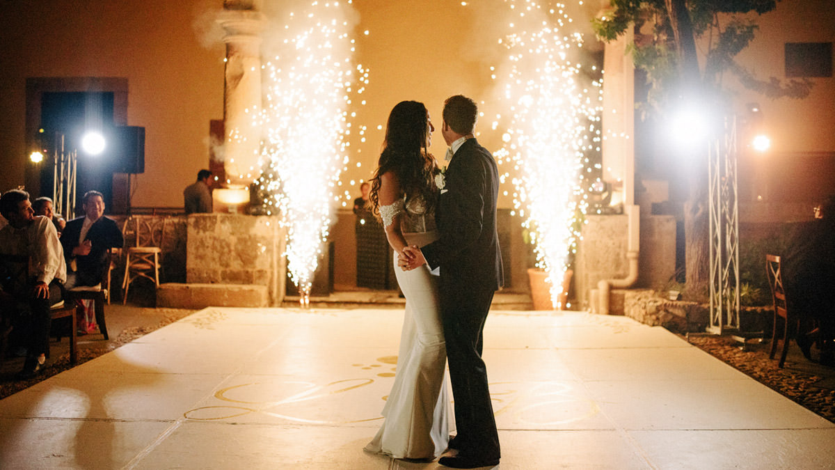 san-miguel-de-allende-wedding-lb_00114.jpg